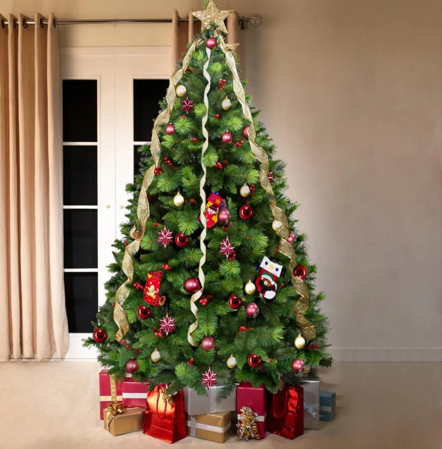 Oscar Pine Artificial Christmas Tree (OUT OF